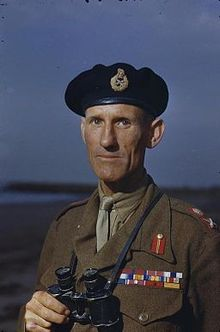 New_Eighth_Army_Commander_at_Tac_Eighth_Army_Headquarters,_Italy,_1_October_1944_TR2377